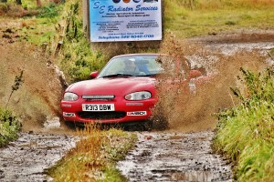 Eric Patterson and Raymond Donaldson make a splash on one of the Retro 2015 Tests.